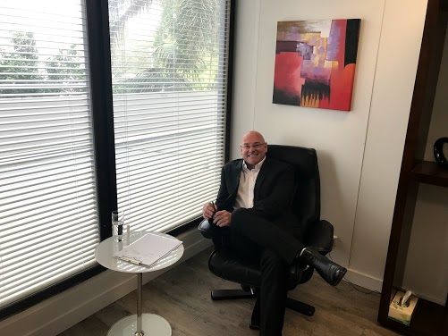 psychologist-chair.jpg